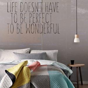 sypialnia_napis-beton