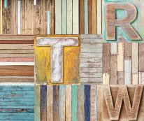 Fototapeta Young 85 - deski, drewno, skrzynki, duże litery