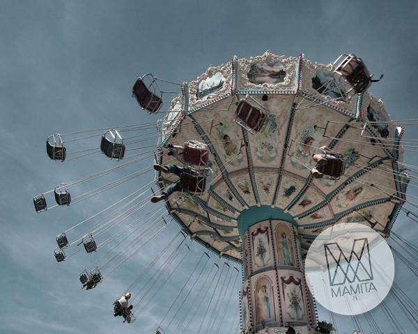 Fototapeta Salon 108 - karuzela, wesołe miasteczko, niebo, zabawa