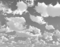 Fototapeta Salon 47 - chmury, niebo, deszczowe, czarno białe, pierzasta, kłębiaste