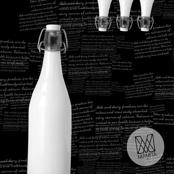 Fototapeta do kuchni 10 - mleko nabiał, butelki retro, napisy, teksty