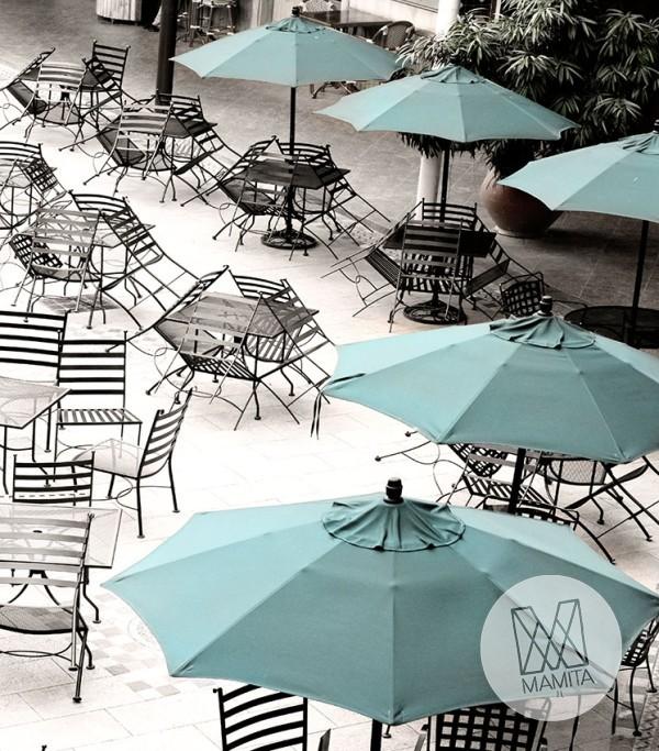 Fototapeta południowe klimaty 6 - turkusowe parasole, kafejka, plaża
